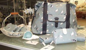 Bag and purse in sea bird design