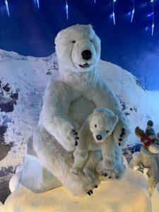 Singing polar bears - Christmas at Trevena Cross
